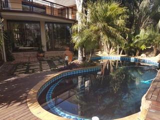 R5900000 5 Bedroom House For Sale