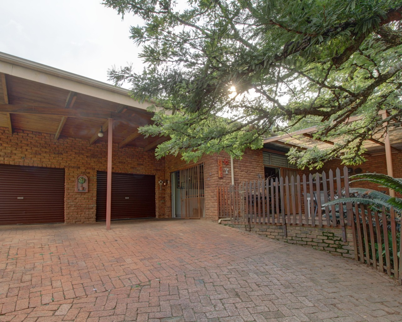 4 Bedroom House For Sale in Constantia Park | Apple Property