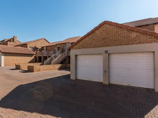 20 Properties and Homes For Sale in Olympus, Pretoria East, Gauteng